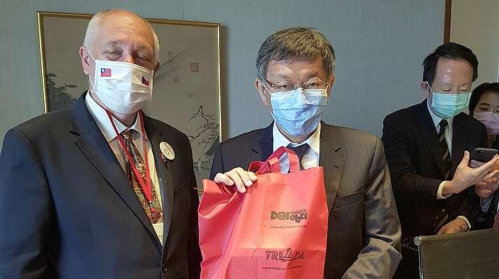 Delegace Senátu Parlamentu ČR na Tchaj-wan se zúčastnil ijednatel společnosti Triada Tomáš Renčín